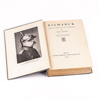 38. Bismarck – The Story of a Fighter ici